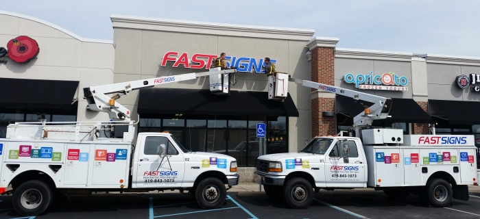 FASTSIGNS Convert Your Business